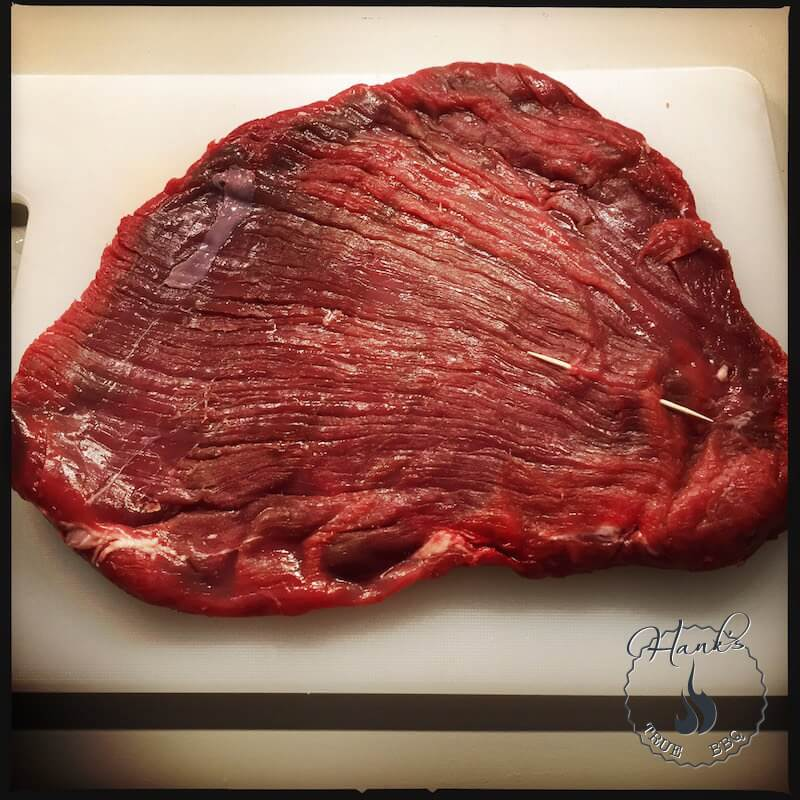 Flank steak, see the muscle fiber direction