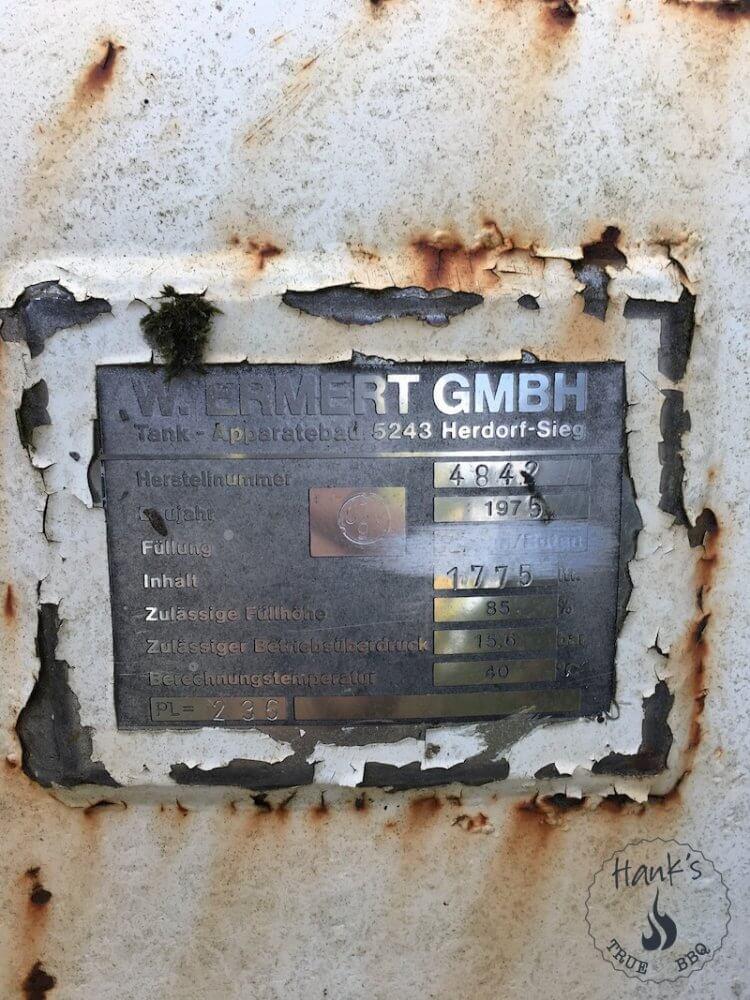 Manufacturer's sign