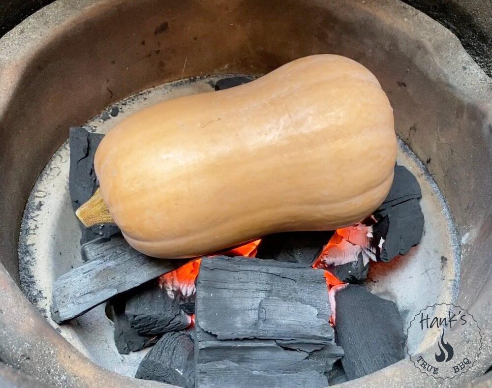 Butternut på glödande kol