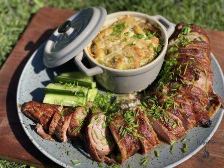 Smoked pork tenderloin with blue cheese