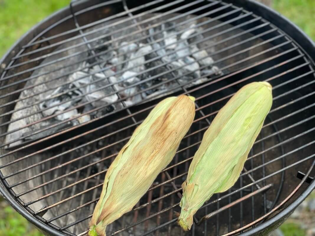 Elotes on the grill